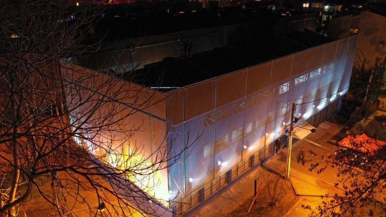 Fachada Textil Edificio de Seguridad